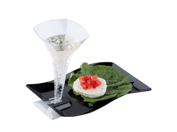 Disposable plastic dinnerware and tableware